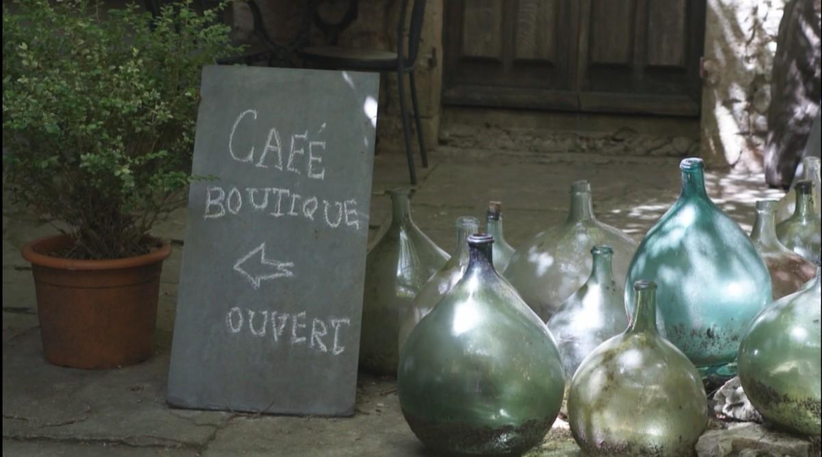 Burgund - ein Film im Look alter 16mm-Aufnahmen